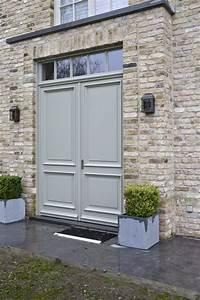porte d39entree en bois couleur gris gravier With porte pvc couleur bois