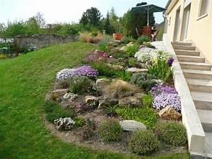 rocaille jardin pinterest rocaille jardins et jardinage With grosse pierre pour jardin 0 jardin de rocaille et deco en pierre naturelle en 40 idees