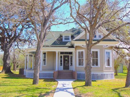 historic homes  sale rent  auction  texas