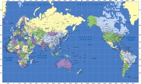 Carte Geographique Du Monde Australie by Carte Du Monde Australie Au Centre Voyages Cartes