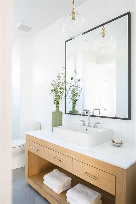 farmhouse bathroom tile ideas california modern farmhouse house home bunch Farmhouse Bathroom Tile Ideas