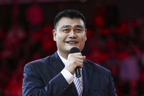 Yao Ming Tells Touching Story Of Why He Always Keeps A