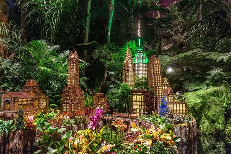 Botanischer Garten New York by See A Miniature Empire State Building At This Year S Ny