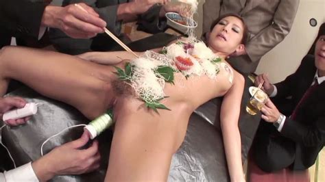 Business Men Eat Sushi Out Of A Naked Girls Body On Gotporn