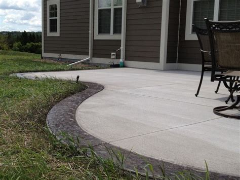 colored cement patio by using colored concrete stained