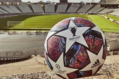 Dies ist eine übersicht aller bisher ausgetragenen endspiele des wettbewerbs uefa şampiyonlar ligi. Şampiyonlar Ligi finali İstanbul'dan alınıp Lizbon'a verildi!   Spor Gündemi