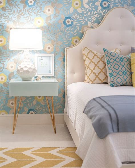 yellow and blue bedroom best 25 light yellow bedrooms ideas only on pinterest 17894 | c572ffc8badd7d1ab1248f8f2dfd6216 blue yellow bedrooms grey bedrooms
