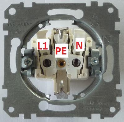wechselschalter mit steckdose anschließen lichtschalter anschlie 223 en anleitung elektroinstallation lichtschalter anklemmen lichtschalter