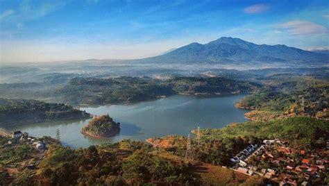 Waduk cengklik merupakan waduk atau danau buatan yang letaknya berdekatan dengan bandara adi sumarmo solo. 10 Gambar Wisata Waduk Jatibarang Semarang, Tiket Masuk ...