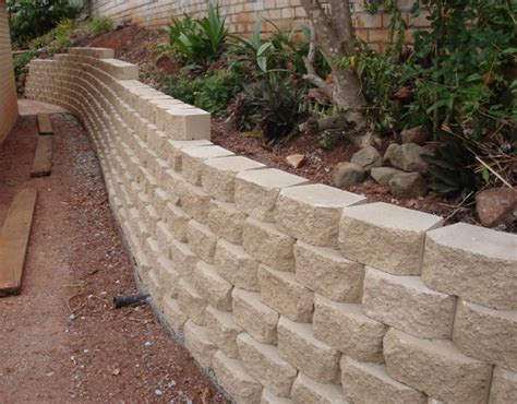 concrete block retaining wall concrete block retaining wall www imgkid com the image kid has it
