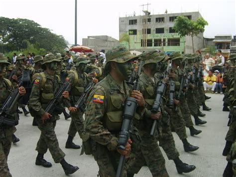 ecuador ecuadorian army ranks combat field military dress