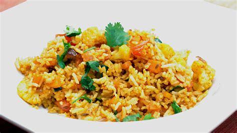 plats de cuisine comment faire un plat de riz à l 39 indienne exotique
