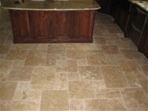 travertine kitchen floor tiles tumbled travertine tiles kitchen bathroom floors tile 6356