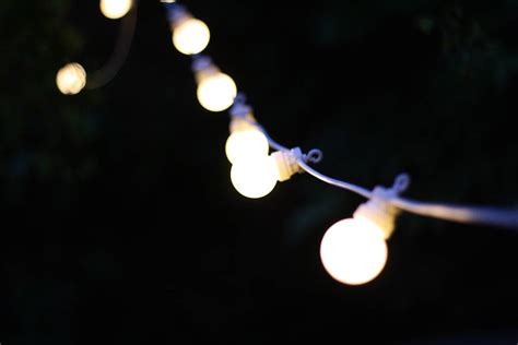 outdoor string of light bulbs extendable length 6m by the