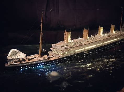 titanic scale to modern ships titanic sinking diorama model scale titanic sinking diorama model scale big