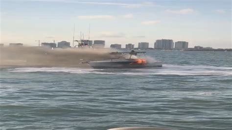 Dinner Key Boat Crash by Miami Dade Rescue Extinguishes Boat Dinner