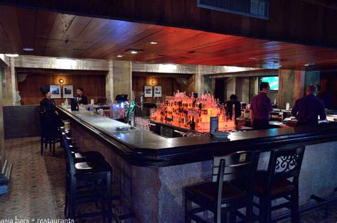 island bar counter what are the different kinds of bar counters