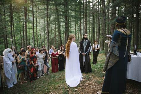 diy lord of the rings wedding in italy 183 rock n roll