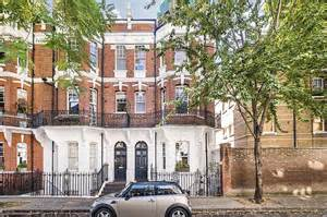 Chelsea Is Top Spot For London's Megarich House Hunters