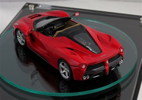 cars ferrari 2017 laferrari spider previewed by scale model photos 1