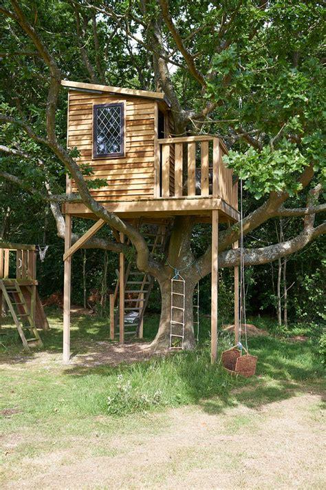 cute treehouses  kids   treehouse design ideas