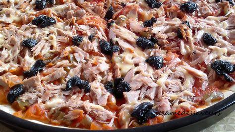 recettes de cuisine simples pizza au thon et poivrons le sésame des saveurs
