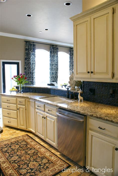 cover  ugly kitchen backsplash