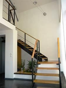 Escalier Metal Et Bois : 27 id es d 39 escaliers pour votre loft ~ Dailycaller-alerts.com Idées de Décoration