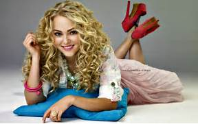 Annasophia Robb The Carrie Diaries Wallpaper