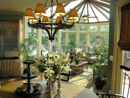 luxury sun room image