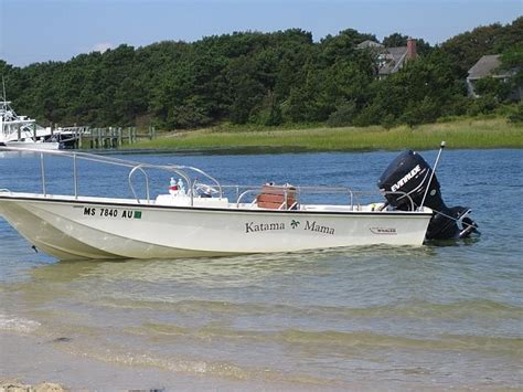 Boston Whaler Boats Website by Whalercentral Boston Whaler Boat Information And Photos