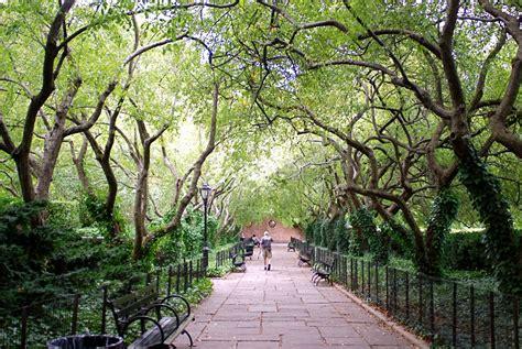 central park conservatory garden conservatory garden sajikan pemandangan indah nan menawan