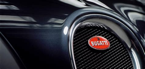 The unique six outfits in bugatti capsule collection are available exclusively for owners of the respective vehicles, with stylistic elements and materials from this collection gradually becoming. Giorgio Armani firma una capsule collection per Bugatti Il