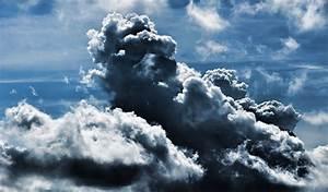 wallpaper zone: Storm Cloud Desktop Wallpaper