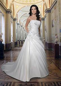gorgeous a line strapless white wedding dress with sweep With lovely wedding dresses