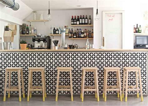 carrelage noir et blanc cuisine cuisine avec carrelage metro 5 carrelage damier noir et