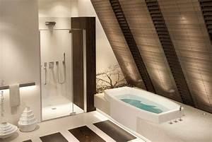 Badezimmer Mit Schräge : luxusbadezimmer wohnen ~ Lizthompson.info Haus und Dekorationen