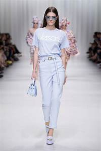 VERSACE SPRING SUMMER 2018 WOMENu2019S COLLECTION | The Skinny Beep