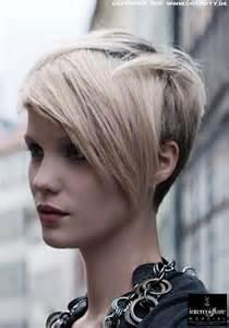 Asymmetrische Frisuren Image