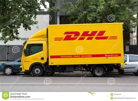 Fedex Auto Transport by Camion De Dhl Image Stock 233 Ditorial Image Du Fourgon