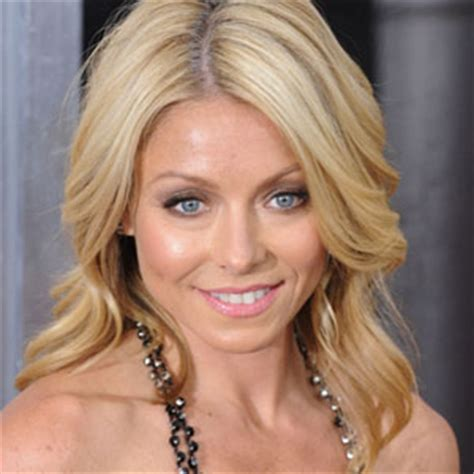 kelly ripa voted sexiest actress alive  mediamass
