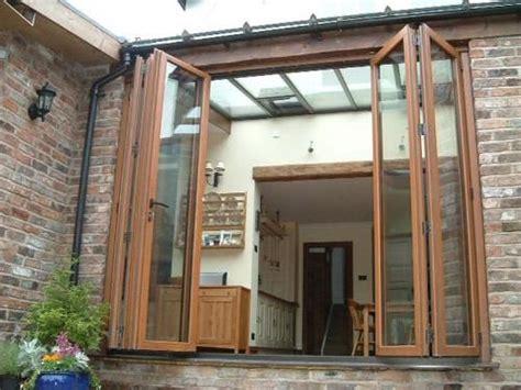 desain eksterior rumah minimalis  jendela kaca besar