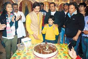 A surprise birthday bash for Jimmy Shergill on his film ...