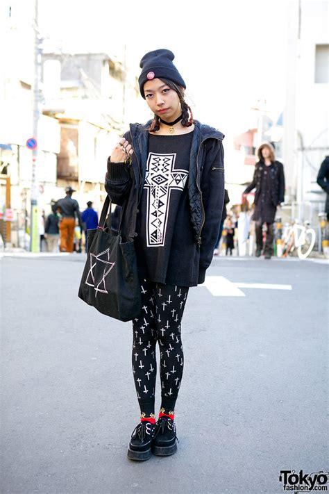 black  white graphic fashion tokyo fashion