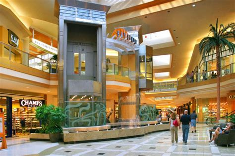 tampa malls  shopping centers  mall reviews