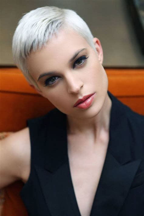 best gray hair styles pixie hairstyles for gray hair fade haircut