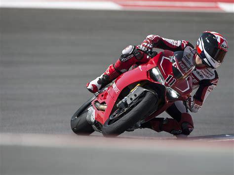 Ducati Superbike 1199 Panigale R 2013 Exotic Car Wallpaper