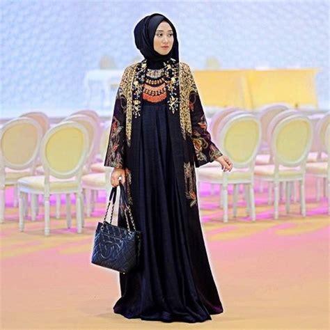 cardy batik outer batik model baju gamis motif bunga kombinasi polos gamis murni