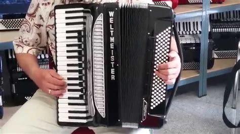 Akkordeon Weltmeister Supita Video Klangprobe - YouTube