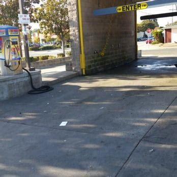 hutch s car wash hutch s self serve car wash car wash 494 rousseau st